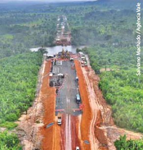 Construction of highway in municipality of Canaã dos Carajás